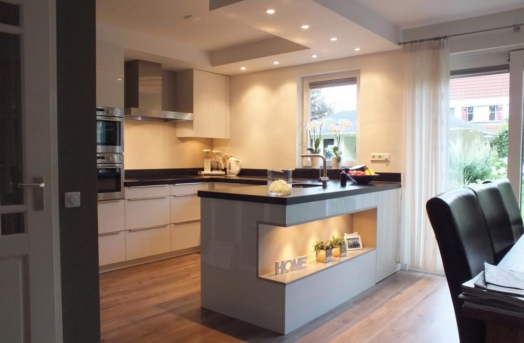 Keller keukens duitsland latest keuken bar kopen with keuken bar